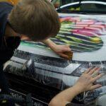 Винилография на капот автомобиля с установкой