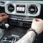 Защита интерьера автомобиля полиуретановой плёнкой