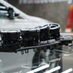 Оклеить пластик в машине плёнкой Мерседес