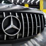 Оклейка авто чёрной матовой плёнкой