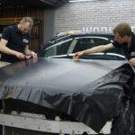Оклейка матовым чёрным винилом авто в Москве