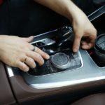 Оклейка плёнкой элементов салона автомобиля