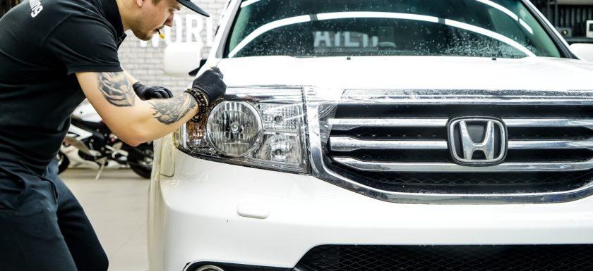 Защита передних фар автомобиля Honda Pilot