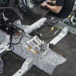 Процесс установки шумоизоляционных материалов